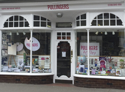 Pullingers Art shop in Farnham Surrey