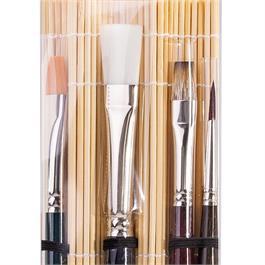 da Vinci Acrylic & Oil Brush Set With Bamboo Mat Thumbnail Image 1